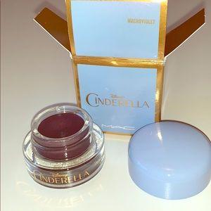 MAC Cinderella eye liner gel